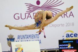 Alexandra pisa fuerte en la gimnasia española