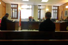Juicio en Palma al capitán psicólogo de la Guardia Civil por malos tratos a su ex
