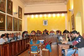 Duras críticas en Manacor a la ampliación del contrato de limpieza
