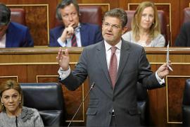 El Gobierno repalda a Moix y defiende su labor al frente de la fiscalía Anticorrupción
