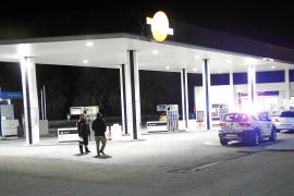 Las cámaras de la gasolinera de la autopista de Llucmajor grabaron la secuencia del atraco
