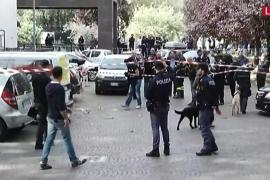 Estallan dos artefactos sin provocar víctimas junto a una oficina postal en Roma