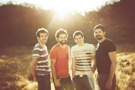 Els Amics de les Arts da «un paso al frente» en su cuarto disco de estudio