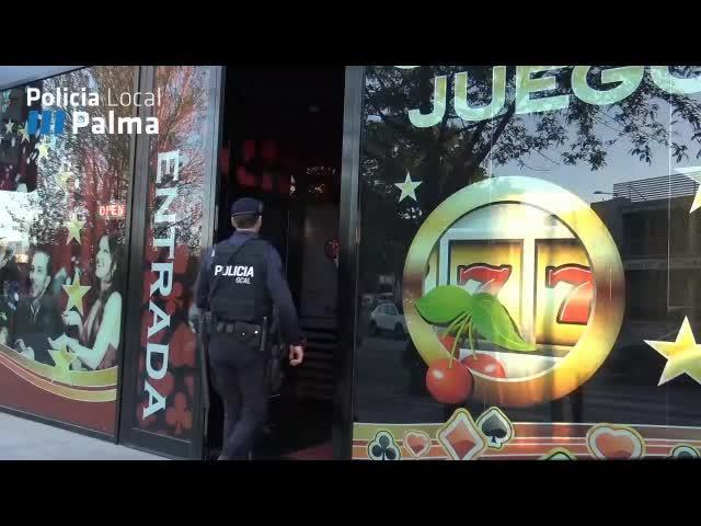 La Policía Local de Palma denuncia varios locales de apuestas por permitir la entrada y el juego a menores