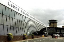 Evacúan el aeropuerto de Leeds Bradford tras hallar una maleta sospechosa