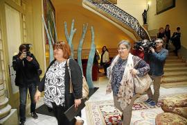 Huertas y Seijas presentan una denuncia ante la Inspección de Trabajo por no disponer de un despacho en el Parlament