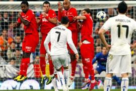 El Real Madrid tumba al campeón y vuelve a una final (2-0)