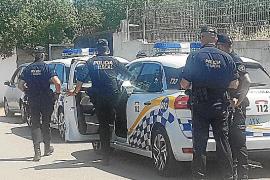 La Policía Local irrumpe en una fiesta ilegal en el chalet de 'El Ico' en s'Hostalot