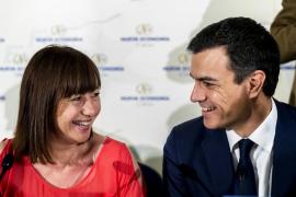 Francina vuelve a mirar a Pedro Sánchez, señal de que ve posible el vuelco