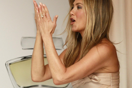 Jennifer Aniston crea un perfume solidario