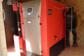La caldera de biomasa del refugio de Son Amer supera las pruebas de funcionamiento