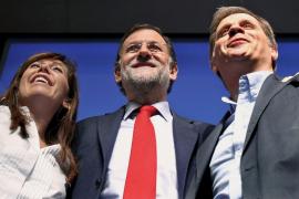 Rajoy deplora que Zapatero actúe al dictado de lo que exigen desde fuera