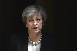 May dice que el objetivo del «monstruoso» atentado de Manchester eran las familias jóvenes