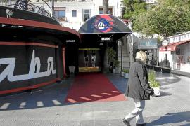 Detenidos dos porteros de discoteca por la agresión a un joven en el Passeig Marítim