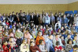 El nuevo colegio público reagrupa a los alumnos e incrementa en 75 las plazas