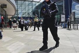 El Gobierno británico sospecha que el terrorista suicida de Manchester no actuó solo