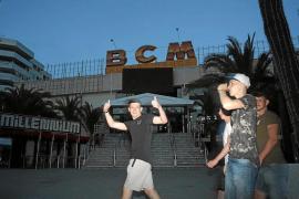 El cierre de la discoteca BCM afectará a los viajes de estudios