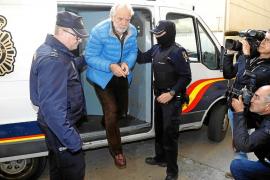 Medio centenar de presos firma una carta de apoyo a Cursach y Sbert