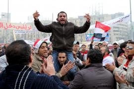 La ola de cambio en el mundo árabe arrastra también a Mubarak