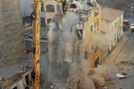 El informe de Cort atribuye el derrumbe del edificio de Rodríguez Arias al deterioro del marés