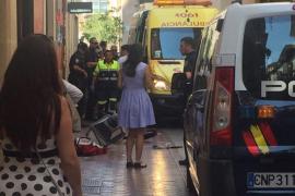 Un niño resulta herido grave tras caerle una farola en Palma