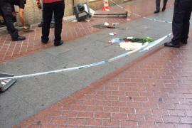 El niño herido tras caerle una farola en Palma se encuentra en estado crítico