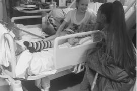 Ariana Grande visita en el hospital a heridos del atentado en Manchester
