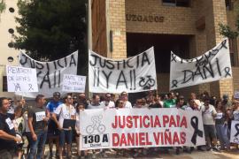 Unas 200 personas recuerdan a Dani Viñals y piden más dureza contra las personas que conducen borrachas
