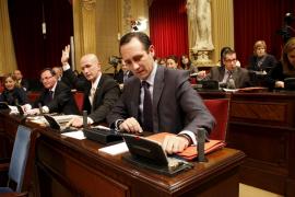 Bauzá se estrenará este martes con su primera  pregunta en el Parlament dirigida a Antich