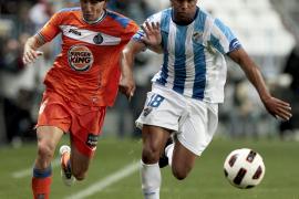 El Málaga empata ante el Getafe, que dilapidó un 0-2