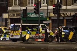 Un doble ataque terrorista en Londres deja al menos 7 muertos, decenas de heridos y 3 terroristas abatidos
