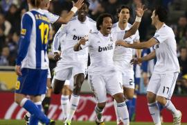 El Madrid reanima la Liga al reducir la ventaja del Barcelona a cinco puntos