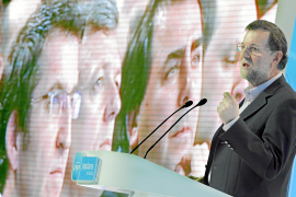 Rajoy: «Necesitamos un Gobierno capaz de gestionar la economía y crear bienestar»