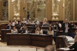 El Parlament urge al Govern a presentar un borrador del nuevo REB en un mes
