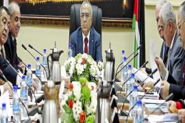 El Gobierno palestino dimite en pleno para preparar su gran remodelación