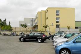 El Ajuntament pide al Govern una solución al conflicto del instituto