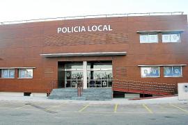 Retenido un ladrón fugado que trató de recuperar su mochila en la sede policial de Son Servera
