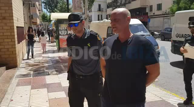 Cazado en Ibiza un hombre acusado de asesinar y descuartizar a una joven en Tailandia