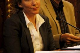 El pleno critica la gestión de recursos humanos desarrollada por Calvo