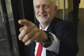 Corbyn dice estar «preparado para formar gobierno», pero descarta coaliciones
