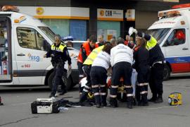Un motorista, en estado crítico tras chocar con un autobús en Palma
