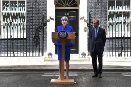May se apoyará en los unionistas del Ulster para formar gobierno pese al varapalo electoral