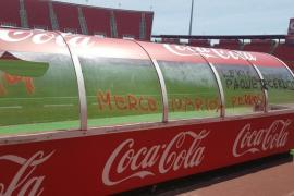 Aparecen pintadas contra la directiva y los jugadores dentro del estadio de Son Moix