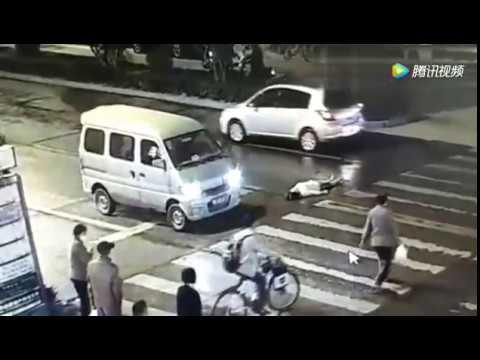 Doble atropello de una mujer en China a la que nadie ayudó