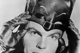 Muere a los 88 años Adam West, el Batman más televisivo