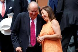 La presidenta del Govern, Francina Armengol, felicita a Nadal en persona