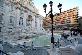 Roma multará a quienes coman o se bañen en la Fontana di Trevi