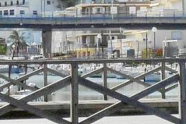 Los vecinos de Porto Cristo ven con buenos ojos el acuerdo que podría salvar el puente
