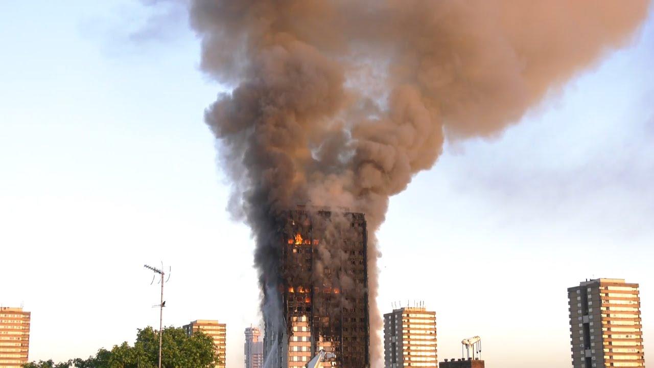 Londres confirma al menos 12 muertos en el incendio de una torre residencial