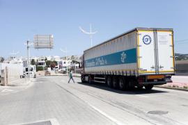 Huelga de estibadores en el puerto de Ibiza (Fotos: Daniel Espinosa).